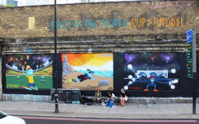 Full wall low res