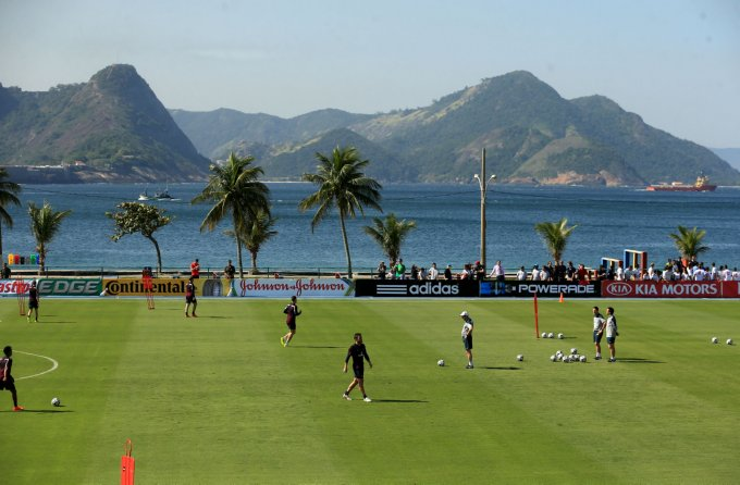 Soccer - FIFA World Cup 2014 - Group D - England v Italy - England Training Session and Press Conference - Urca Military Training Ground