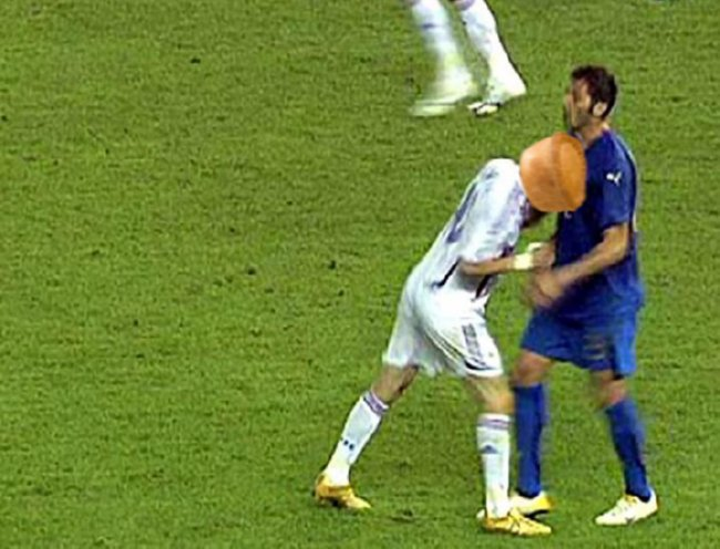 Photo-5---Zidane---pie-for-head