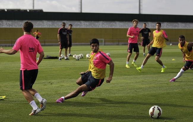 Spain Soccer FC Barcelona Suarez