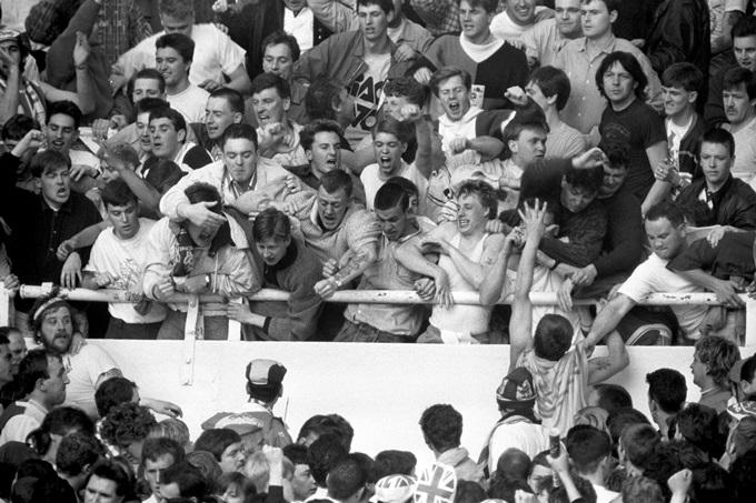 Soccer - Rous Cup - England v Scotland - Wembley - London - 1988