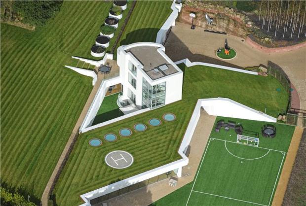 balotelli-house2