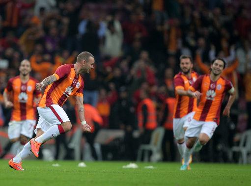 Turkey Soccer Galatasaray Fenerbahce