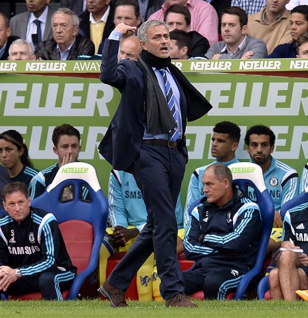 Soccer - Barclays Premier League - Crystal Palace v Chelsea - Selhurst Park