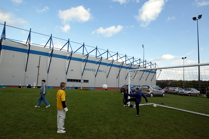Soccer - Nationwide League Division Two - Mansfield Town v Huddersfield Town