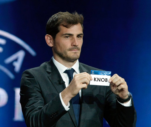 UEFA-casillas-draw