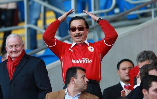 Soccer - Barclays Premier League - Cardiff City v Fulham - Cardiff City Stadium