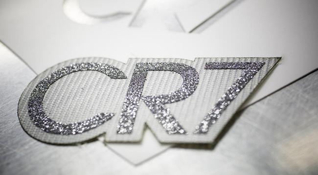 cr7-diamond-boots2