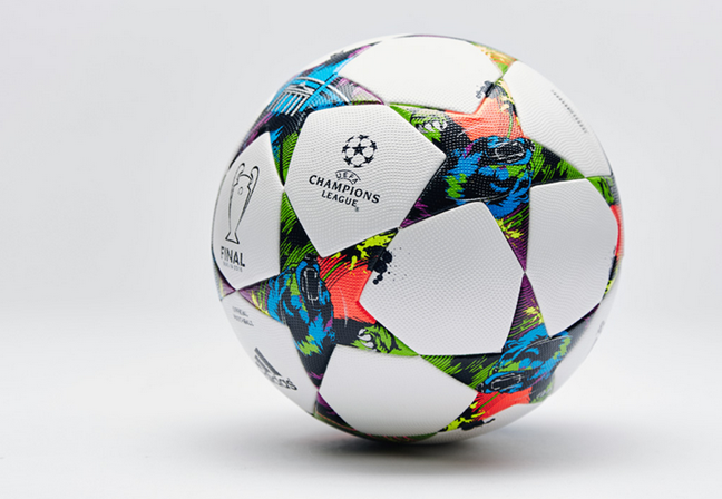 champions-league-15-ball-adidas