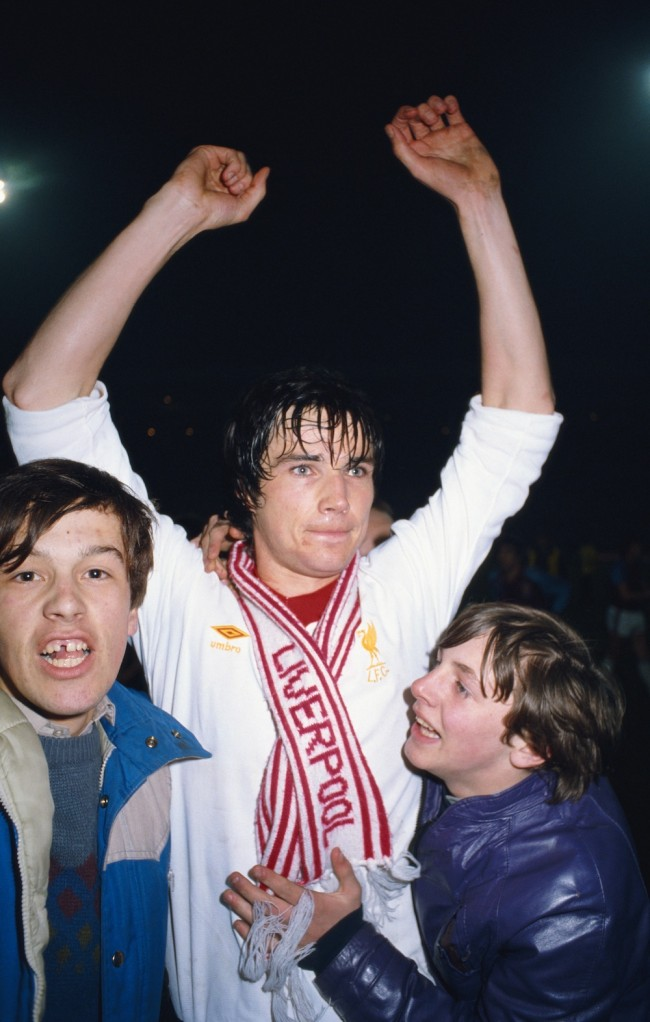 BIRMINGHAM, UNITED KINGDOM - APRIL 01:  Liverpool player Alan Hansen celebrates with some young fans after scoring the winning goal in the 1981 League Cup Final replay against West Ham United at Villa Park on Aapril 1, 1981 in Birmingham, England. (Photo by Allsport/Getty Images)