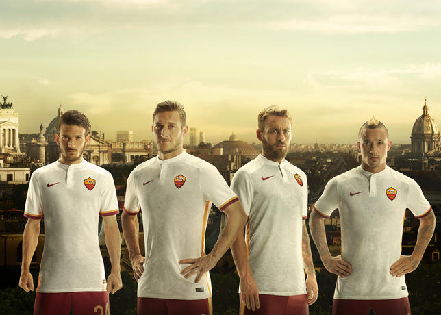 NIKE_AS_ROMA_AWAY_JERSEY_LAUNCH_4000px_43694