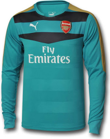 arsenal-15-16-goalkeeper-kit-4