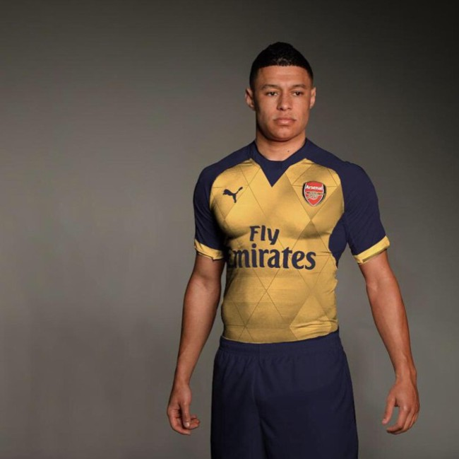 43a584cbe00 Arsenal To Debut Daring New 'Body Paint' Away Kit For 2015 16 (Leaked Photo)