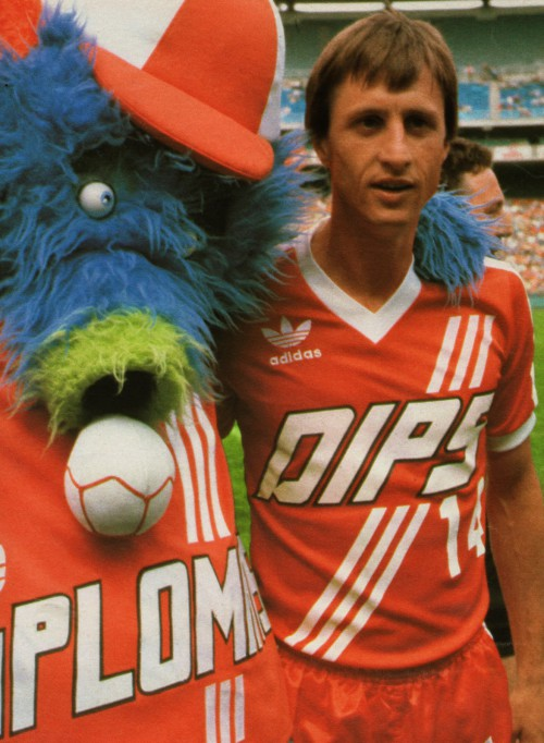 washington-diplomats-mascot-cruyff