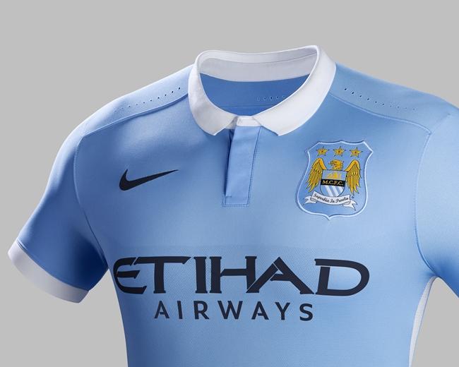 Fa15_FB_WE_Club_Kits_PR_Match_Crest_H_Manchester_City_R_43866