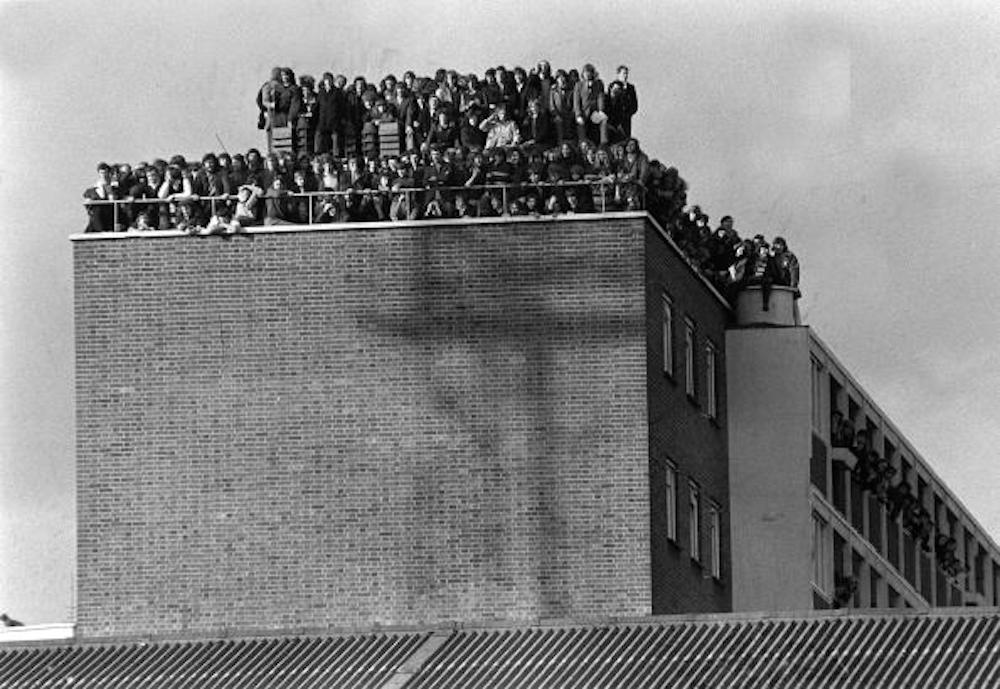 10 Brilliant Vintage Photos Of West Ham United At The Boleyn Ground ... 078704bf45e