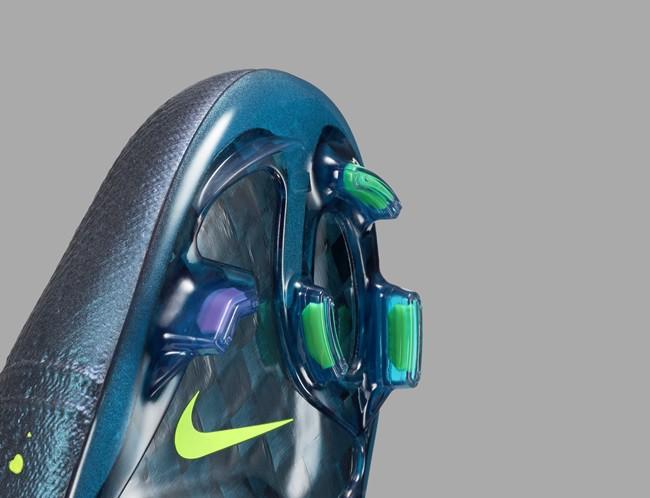 Nike-Football-Soccer_ELECTRO_FLARE_MERCURIAL_SUPERFLY_FG_G_PREM_45512