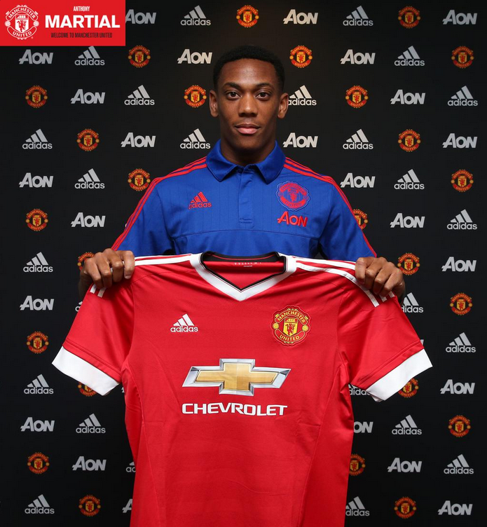 Official: Manchester United Show Off Their New £36m