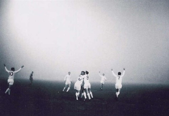 ajax-liverpool-fog-match-1966