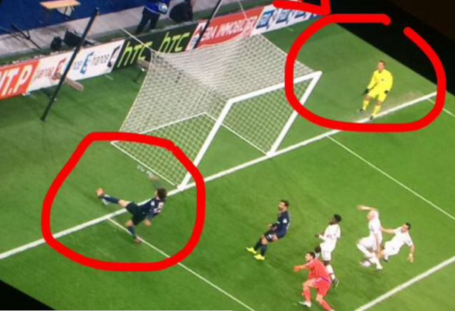 referee ricket during psg vs lyon clash highlights pointlessness of goal line officials video. Black Bedroom Furniture Sets. Home Design Ideas