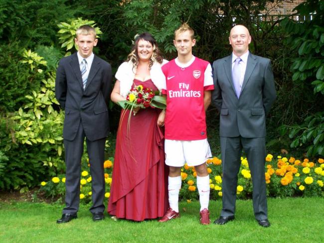 arsenal-fan-wedding-full-kit