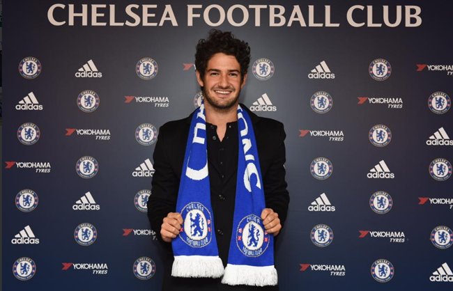pato-chelsea-official