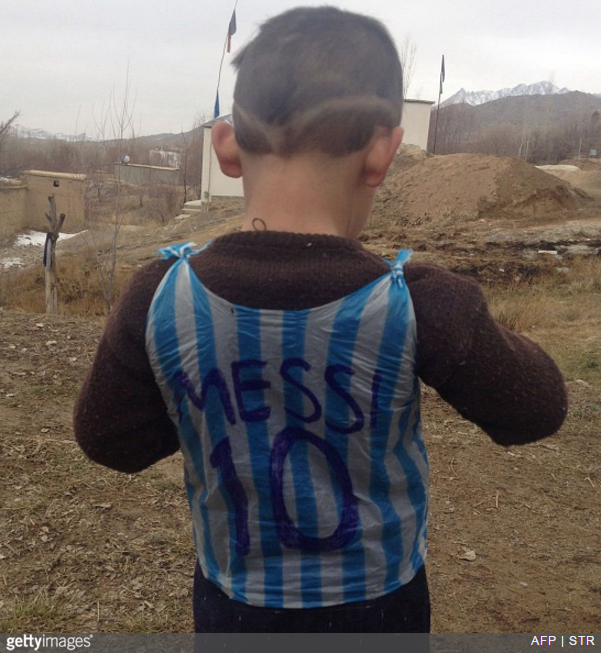 messi-kid-plastic-bag2