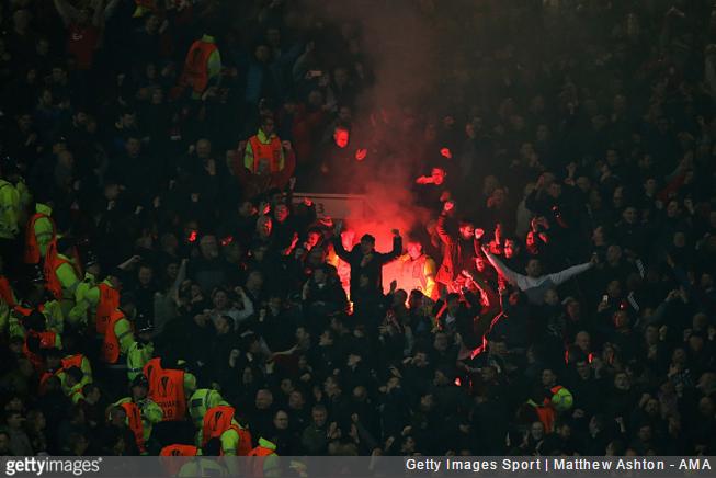 man-utd-liverpool-fans-europa