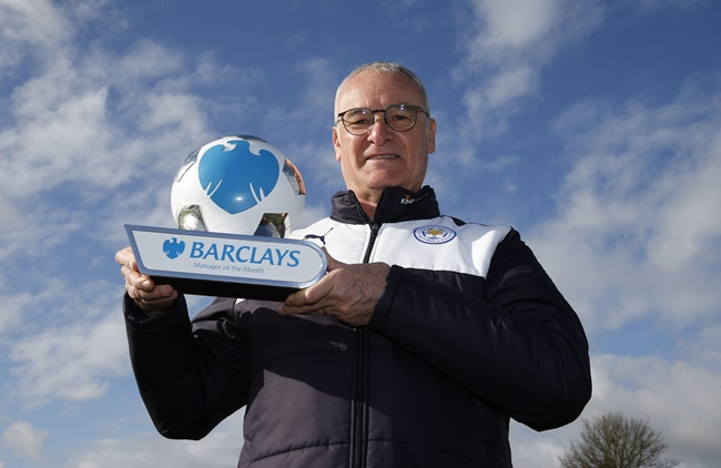 Pr Shoot - Barclays PR Shoot 06/04/2016 - Leicester City Training Ground - 6/4/16 Leicester manager Claudio Ranieri wins the manager of the month for March Mandatory Credit: Action Images / Paul Childs Livepic EDITORIAL USE ONLY.