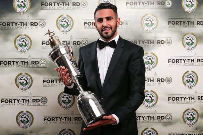 Leicester-Citys-Riyad-Mahrez-poses-with-his-PFA-Player-of-the-year-award