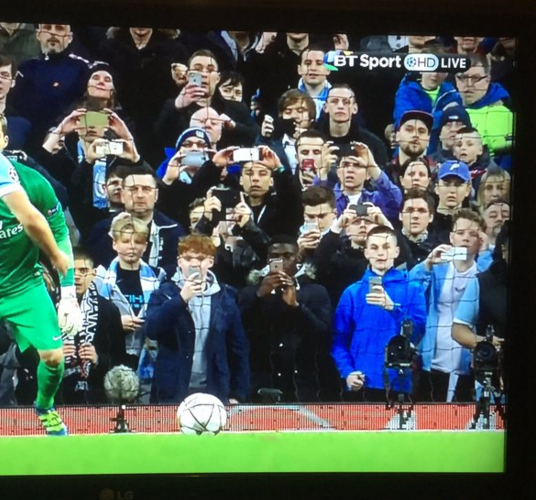 city-fans-aguero-penalty-phones