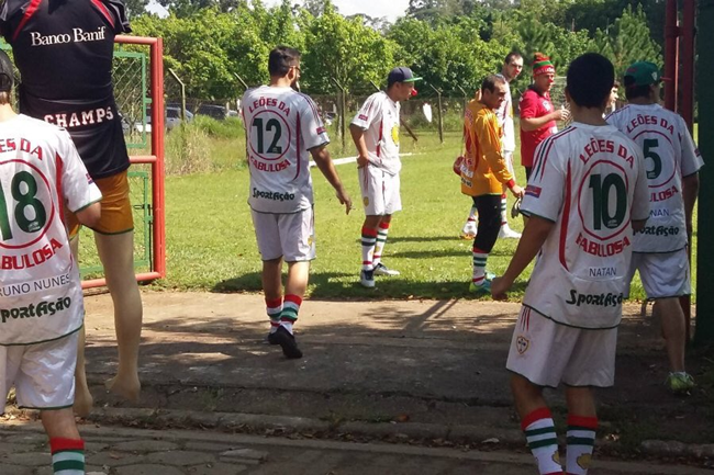 portuguesa-fans-training