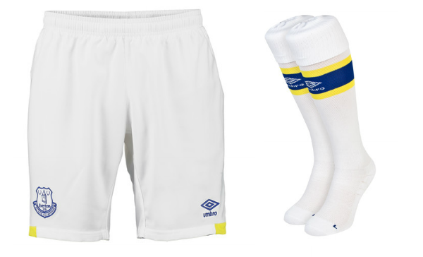 everton-umbro-home-kit-shorts