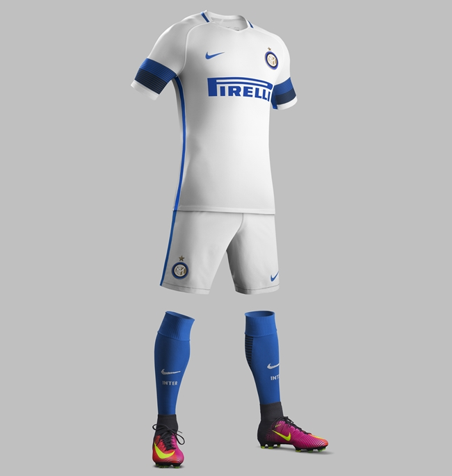 Su16_CK_Comms_A_Full_Body_Match_Inter_Milan_R_59925