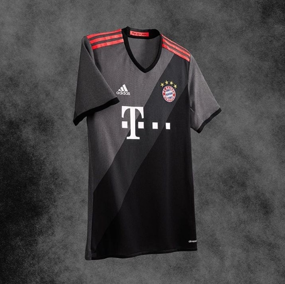 bayern-away-kit