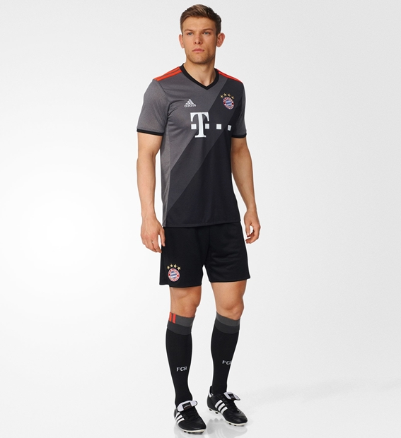 bayern-away-kit3