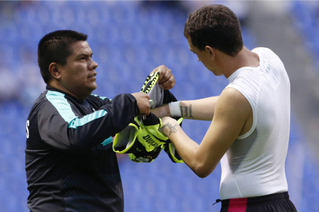 marchesin-goalkeeper-striker