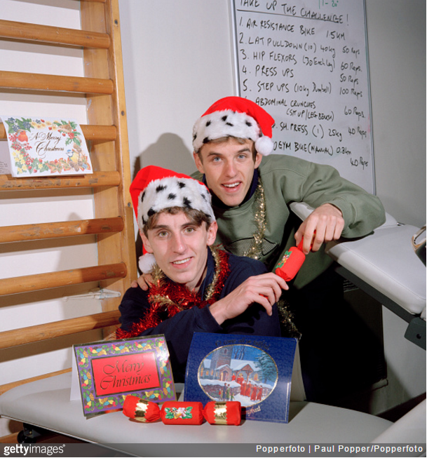 gary-phil-neville-christmas