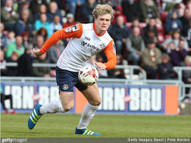 luton-defender-broken-leg