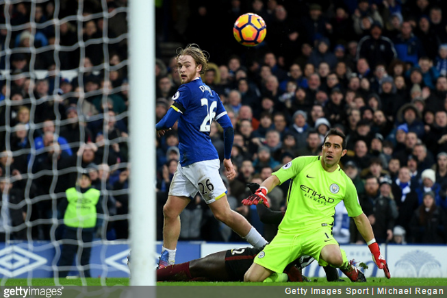 tom-davies-everton-man-city