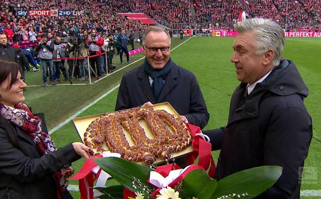 ancelotti-1000-bayern-pretzel