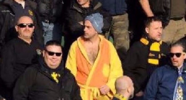verona-fan-dressing-gown