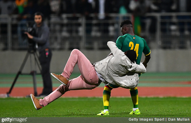 senegal-ivory-coast-rugby-tackle