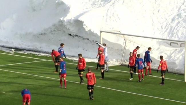 tromsdalen-snow-wall2