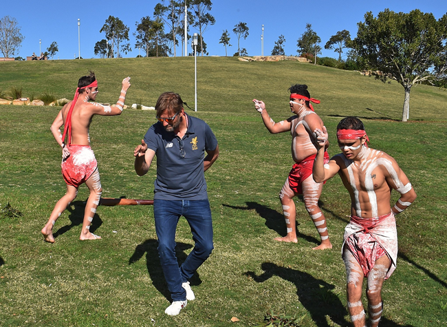 klopp-dancing-liverpool-aborigines