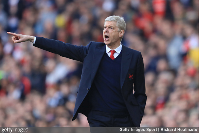 Arsene Wenger wants to keep Lucas Perez at Arsenal