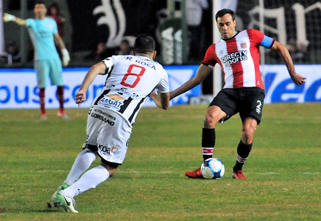 Argentine defender admits poking strikers with needle during cup upset
