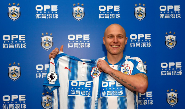Huddersfield sign Mooy for club-record fee