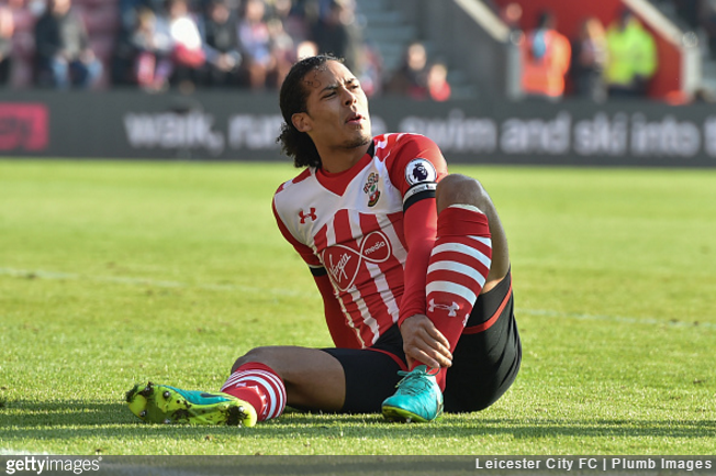 Van Dijk keen on Anfield move