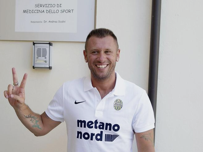 Hellas Verona president Setti stunned by Cassano 'retirement' antics